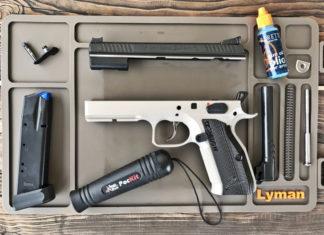 mata do czyszczenia broni